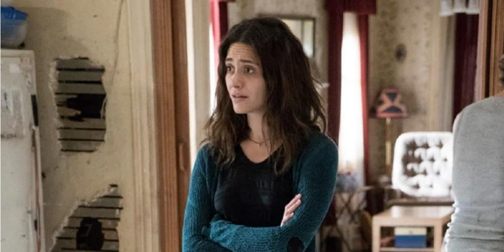Shameless: Fiona's 5 Best Outfits (& 5 Worst)